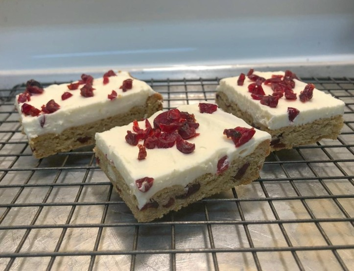 Cranberry Cream Cheese Cookie Bars